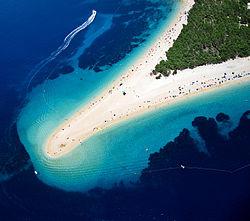 Plaża Zlatni Rat w Bol - wyspa Brac